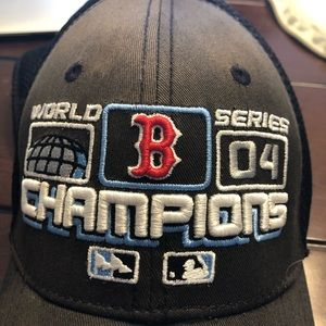 Other - Authentic Boston Red Sox World Series 04 hat